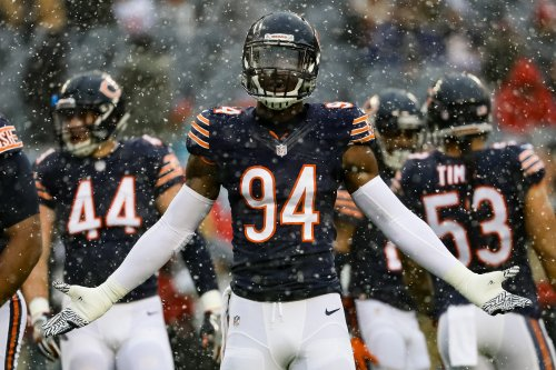Leonard Floyd in snow