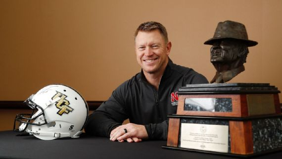 Scott Frost the Bear Bryant Coach of the Year