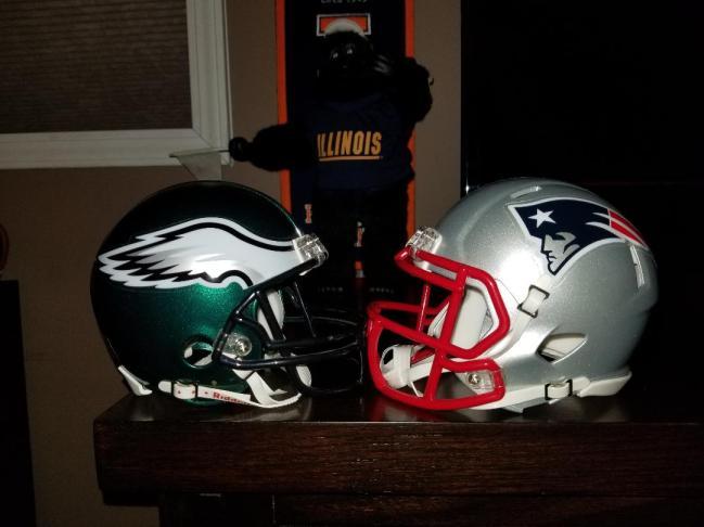 Super Bowl 52 helmets