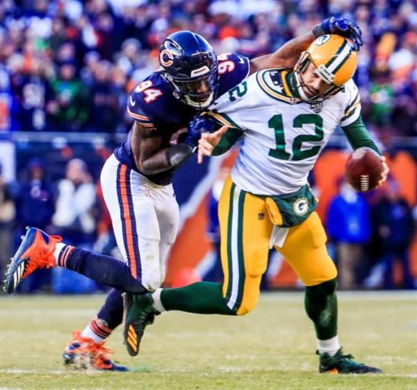 Leonard Floyd sacking Packers Rodgers 2018